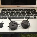ローバーミニ:怪しいサングラスが似合うのがミニ。