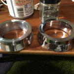 ローバーミニ:内装の金属部品をピカールする。