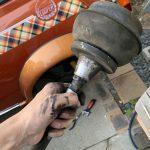 ローバーミニ:リヤサスペンションをラバーコーンからスプリングに交換してみる。~中編~
