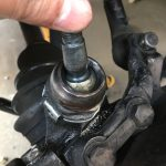ローバーミニ:フロントサスペンションをスプリングに交換する。~ハブボールジョイント掃除編~