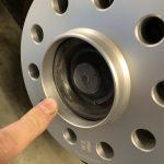 ミニJCW:リヤにRay Sport製15mmのスペーサーを入れる。もちろんDIYで作業でだ。