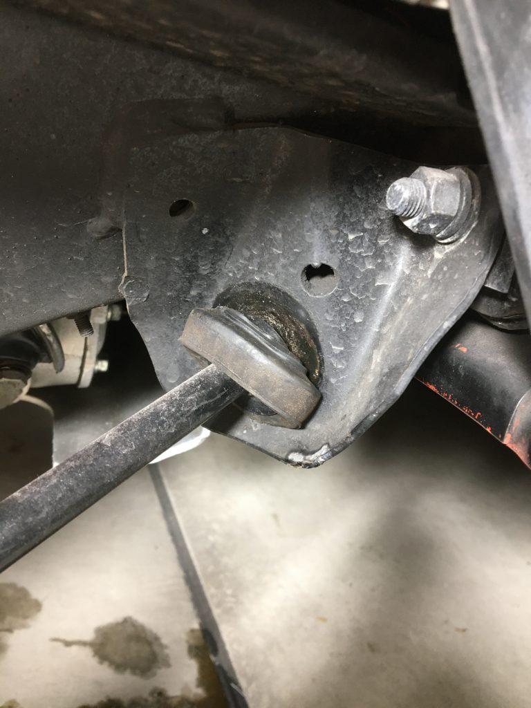 ローバーミニのテンションロッドブッシュ
