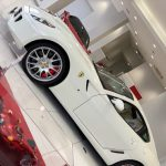 フェラーリ:まさかの599GTBフィオラノはどーよ!?V12フェラーリの見積もりをとってみる。~上品なホワイト×レッドの車体を眺める編~