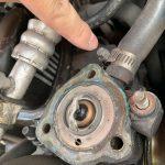 ローバーミニ:サーモスタットを交換してオーバーヒートを予防する。~分解と洗浄編~