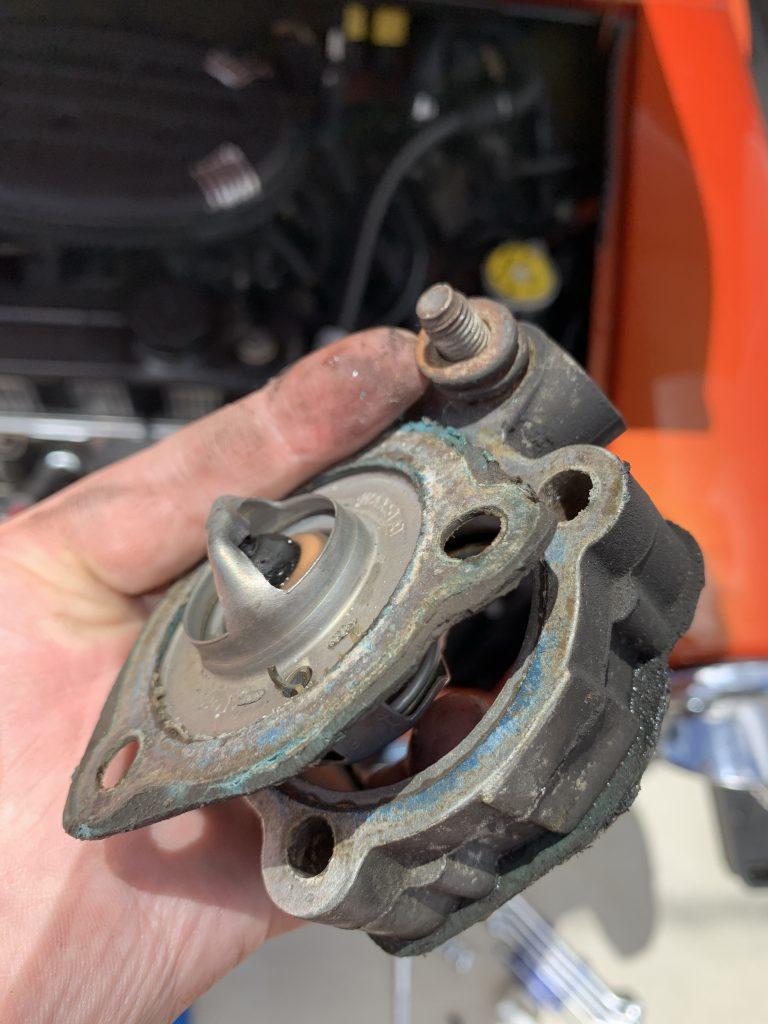 ローバーミニのサーモスタッドガスケット